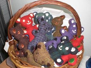 basket-of-teddies-small